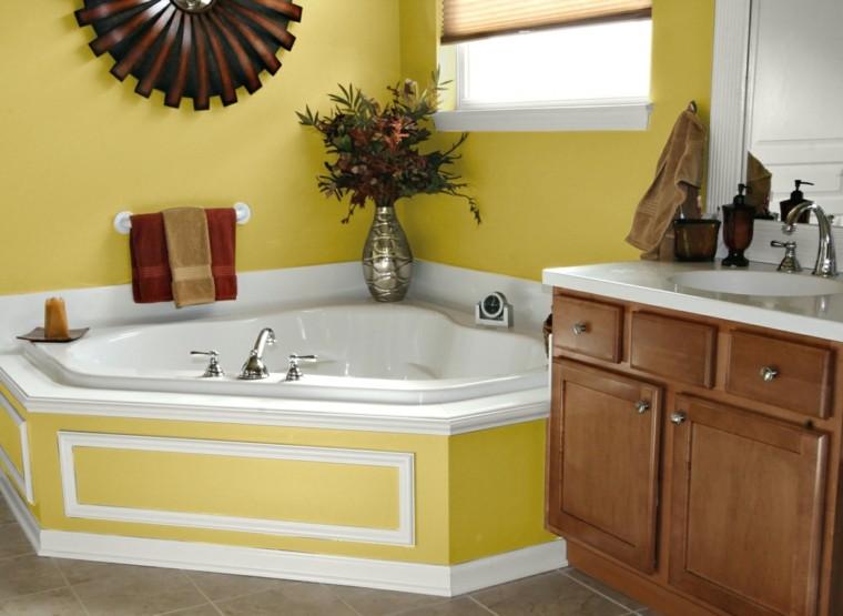 Baños Color Verde Oscuro:Baños modernos colores vibrantes como el amarillo en la pared