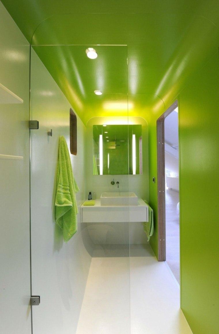 bano moderno colores vibrantes verde blanco ideas