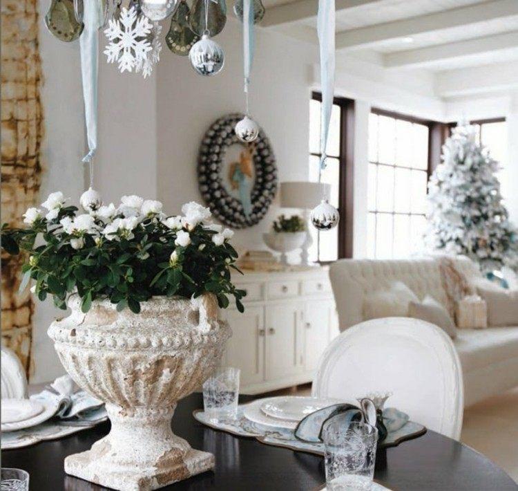 bolas cristales plantas blanco coronas