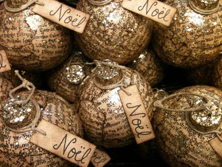 bolas navidad forradas papel peridico
