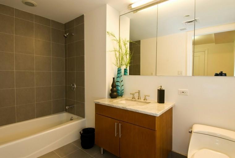 bonito diseño baño moderno