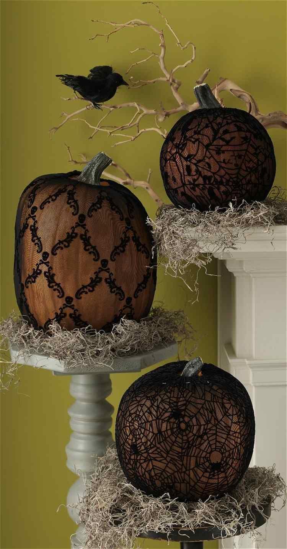 calabaza de halloween ideas decorativas cuervo pajaro