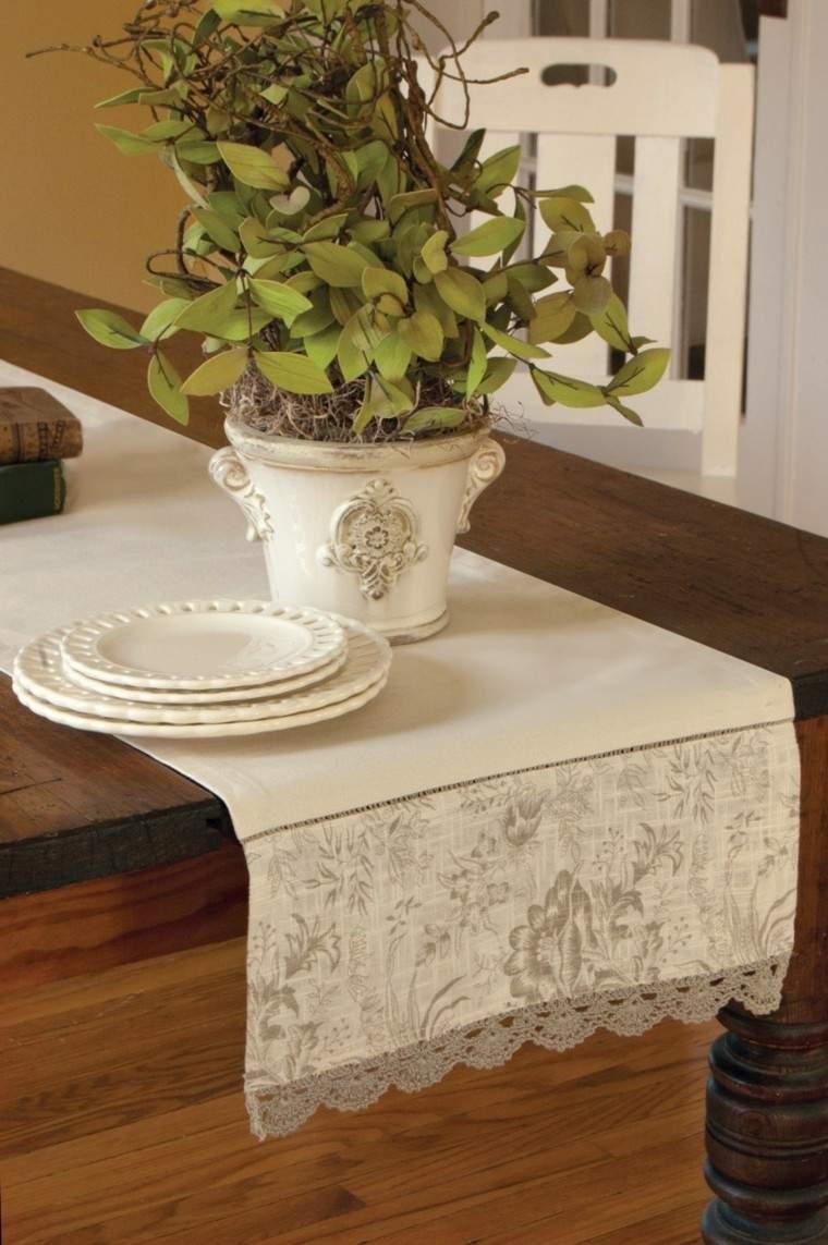Caminos de mesa 35 ideas para decorar la mesa for Como hacer caminos de mesa modernos
