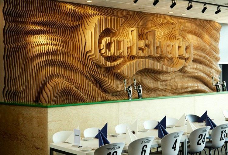 carlsberg madera paredes sillas servilletas