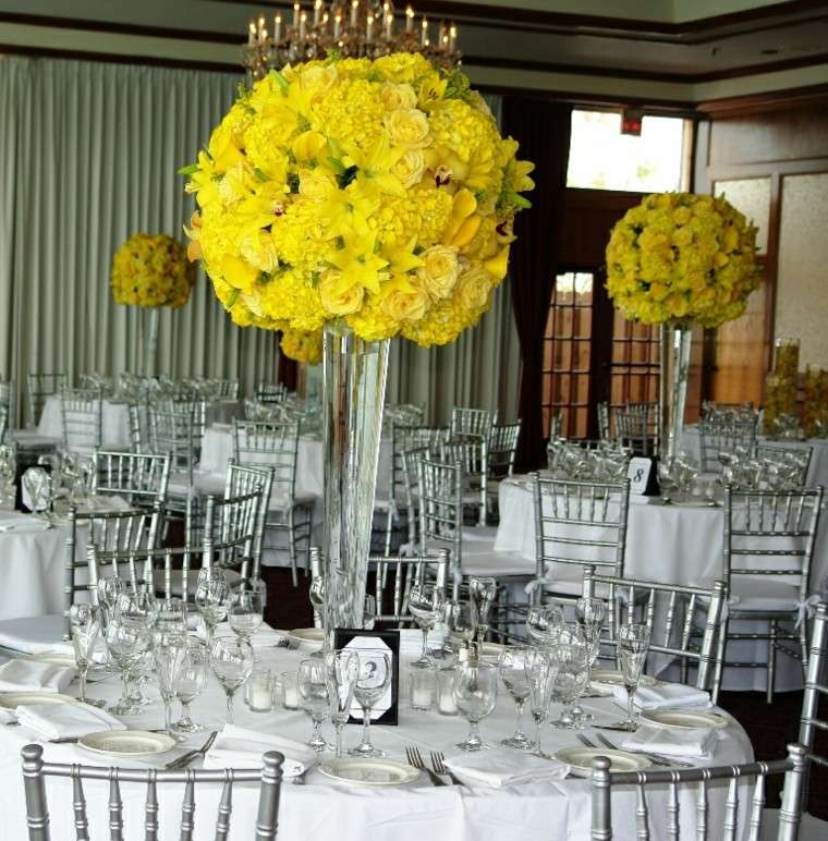 centros mesa flores amarillas