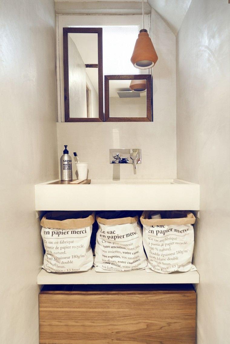 cocina pequeña diseño espejo lamparas