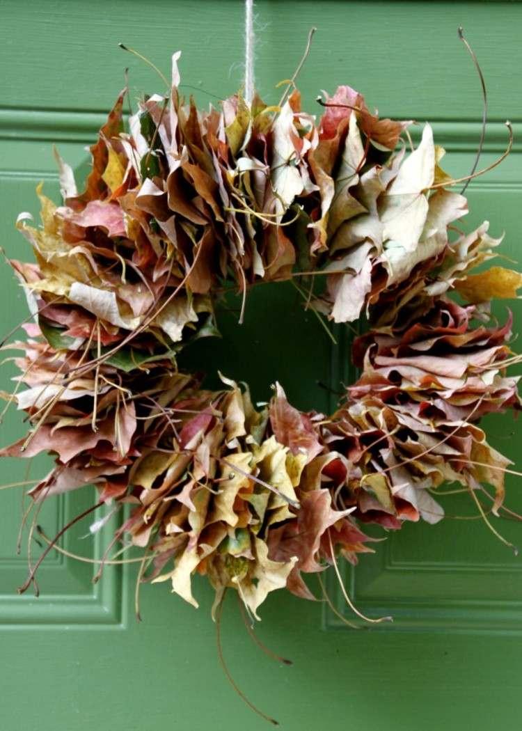 coronas otoño verde hojas paredes puerta