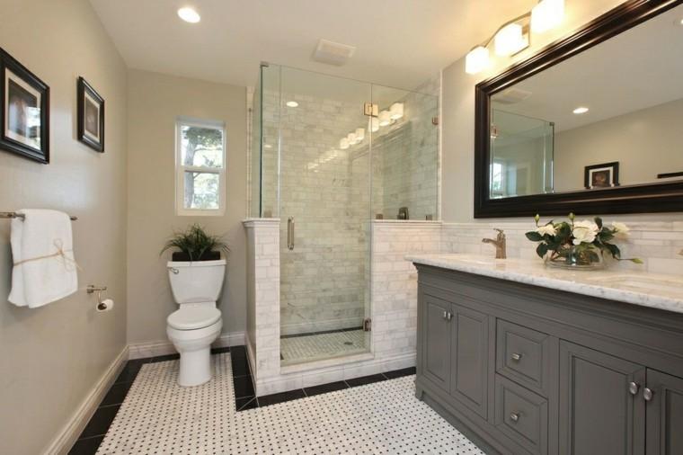 cuarto baño pequeño estilo retro