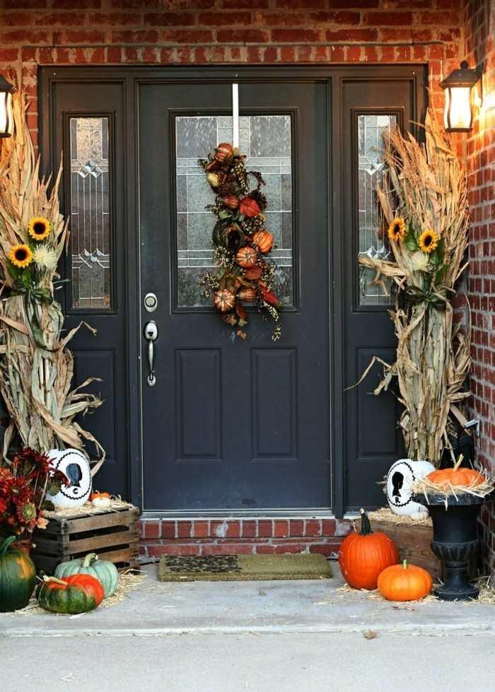 decoracion porche otono puerta hojas maiz ideas