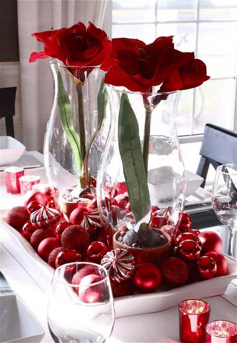 decoraciones roja blanca mesa navidad bolas flores ideas