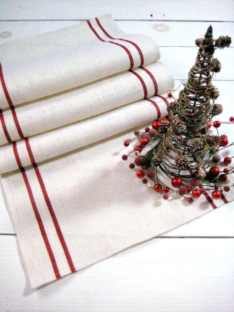 decoracion roja blanca mesa navidad mantel arbol ideas