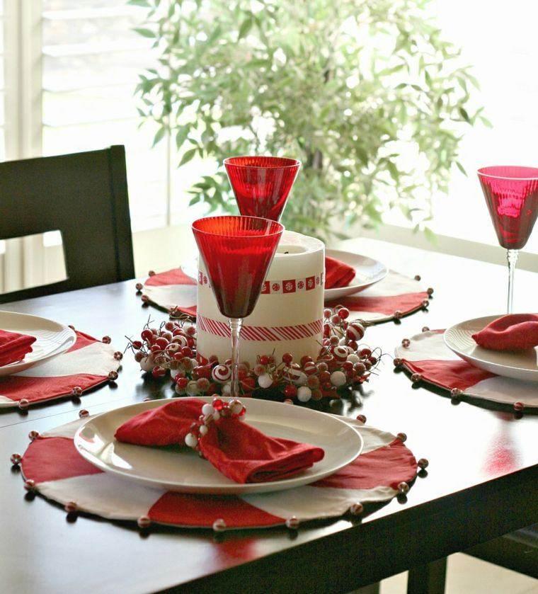 decoraciones roja blanca mesa navidad vela grande centro ideas