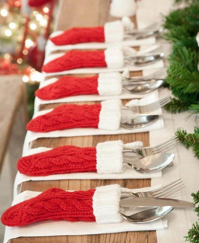 decoraciones roja blanca mesa navidena calzetines ideas
