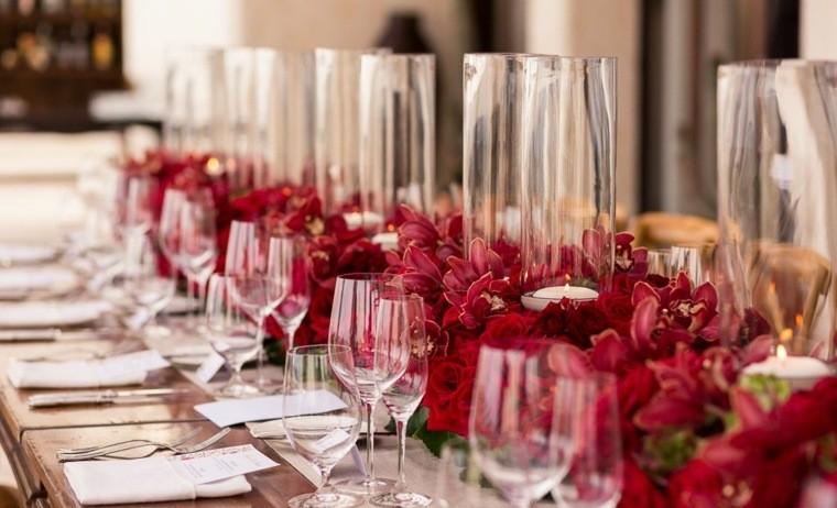 decoraciones roja blanca mesa navidena flores centro ideas