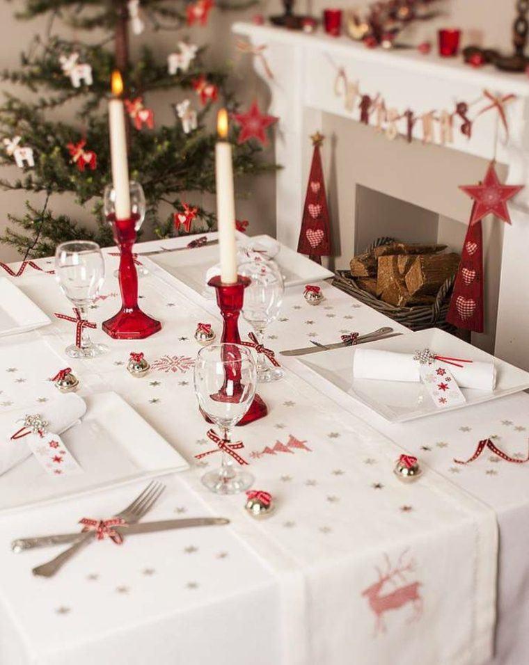 decoraciones roja blanca mesa navidena lazos candelabros ideas