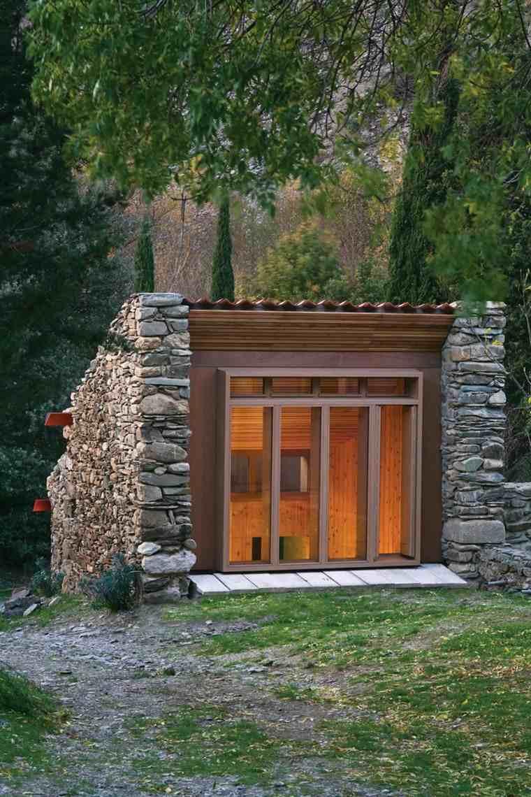 diseño casa cueva piedrta madera