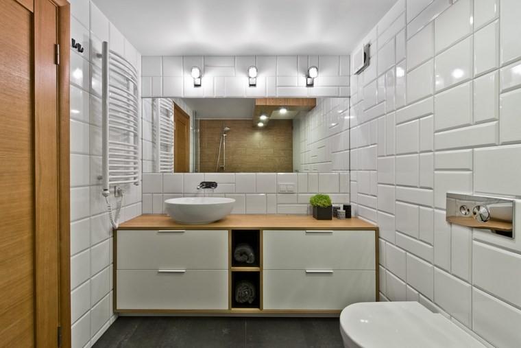 diseno de interiores estilo escandinavo bano losas blancas ideas