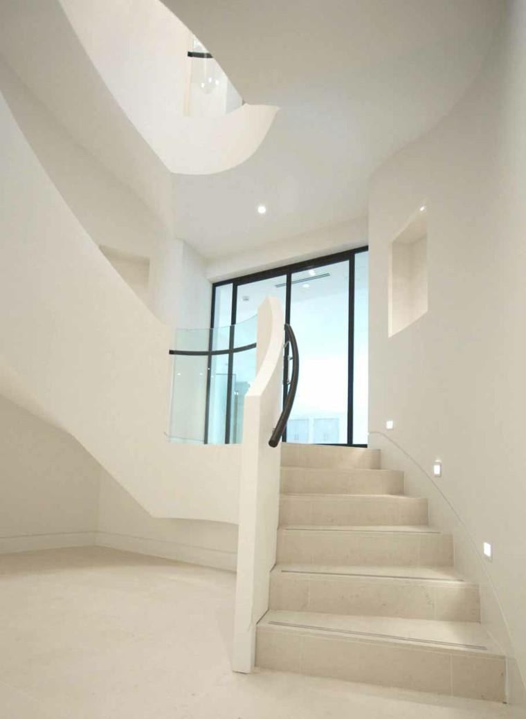 Iluminacin led interior en nuestro catlogo online la gama for Iluminacion escaleras interiores