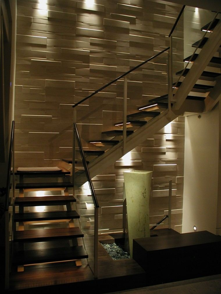 escaleras interior iluminacion LED pared ideas