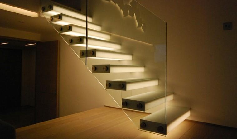 escaleras de interior iluminacion led pasamano cristal ideas