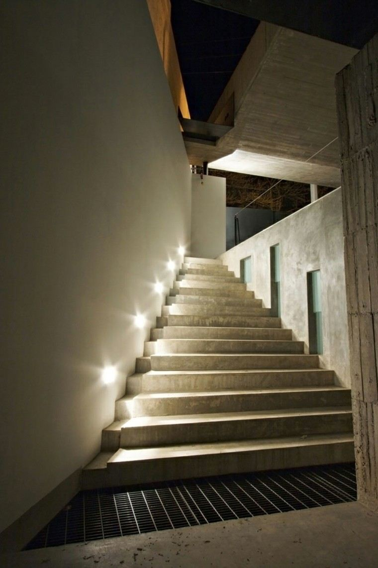 escaleras interior iluminacion led sutil ideas