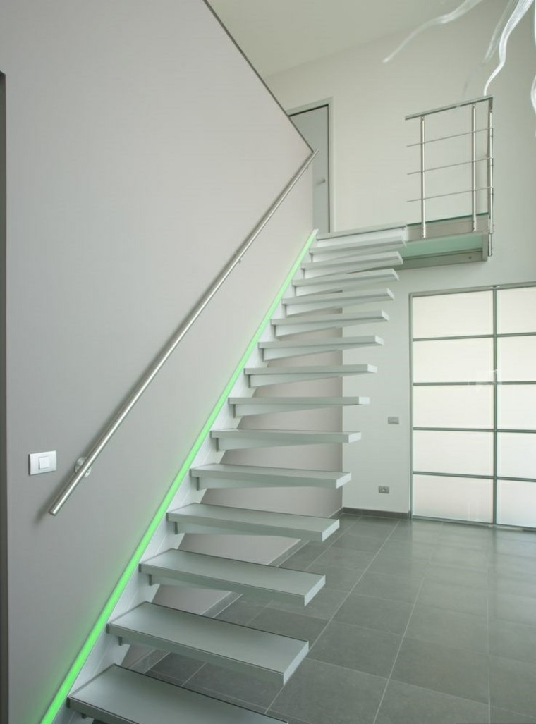 escaleras interior iluminacion LED verde ideas