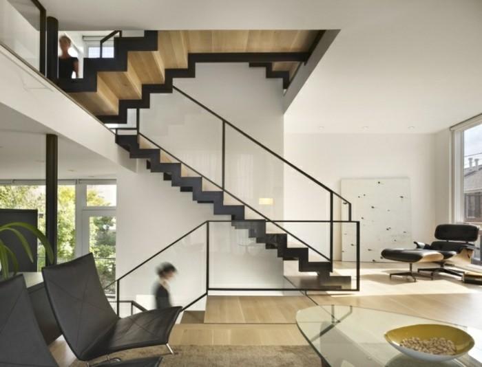 escaleras madera aluminio cristal casa sillones negros ideas