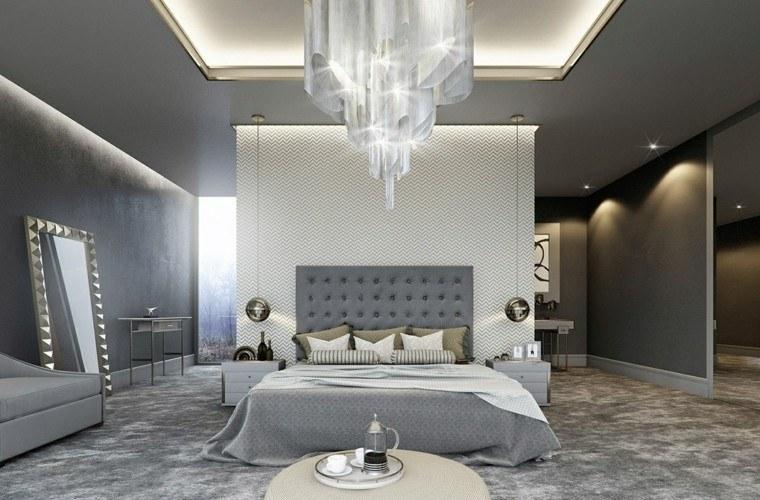Espacio dormitorios de matrimonio amplios y luminosos for Cama otomana