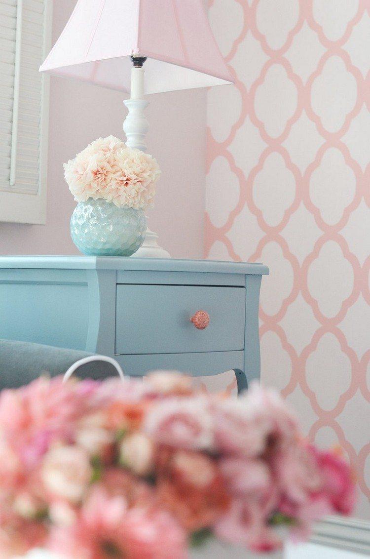 estupenda pared decorada formas rosa