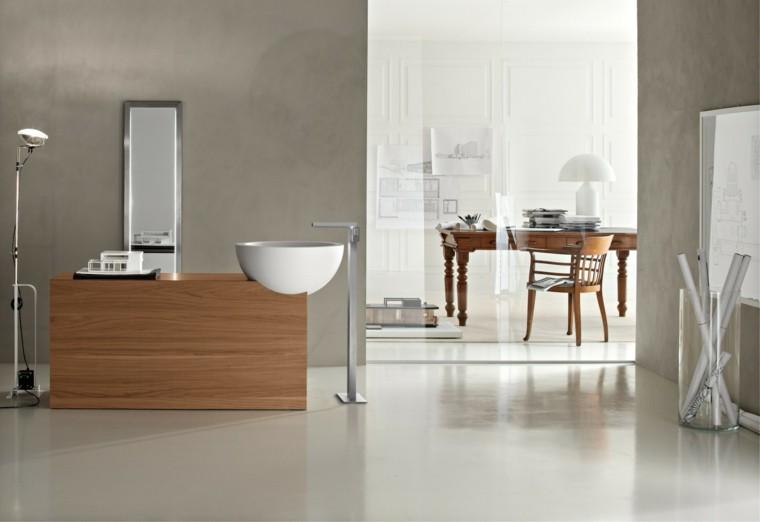 fotos de baños espejos sillas lamparas madera