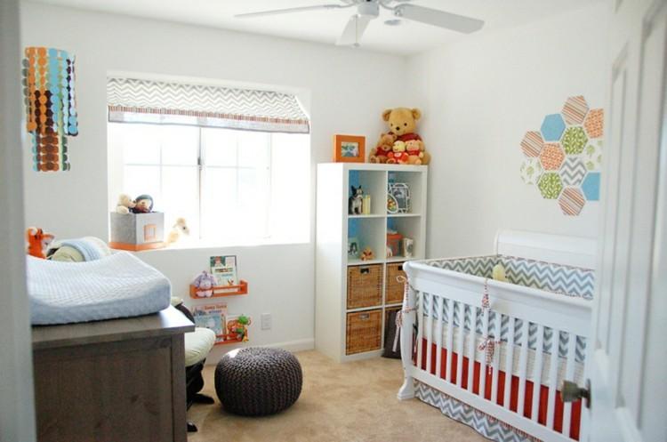 habitacion infantil diseño colorida ventilador