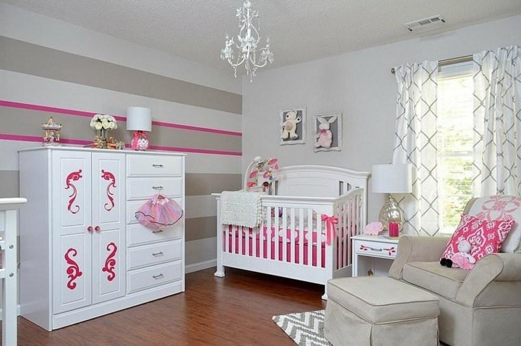 habitaciones de bebe ideas niña rosa lineas