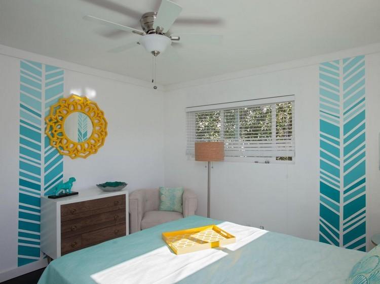 habitación pared flechas azules