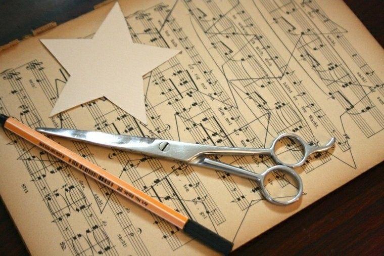 hacer adornos hojas partituras ideas