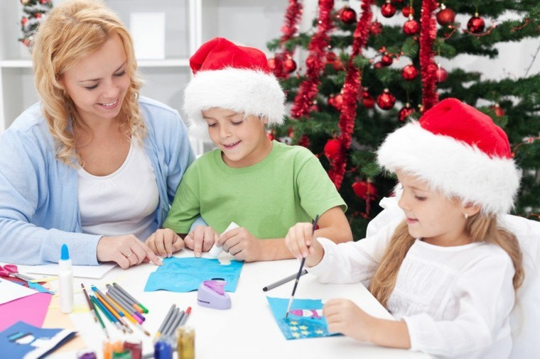 hacer tarjetas navideñas en familia