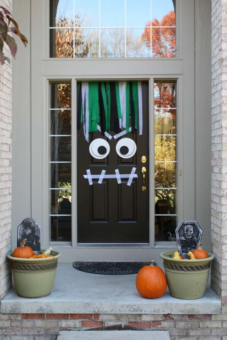 Imagenes de halloween 35 ideas para decorar la puerta - Fotos de decoracion ...