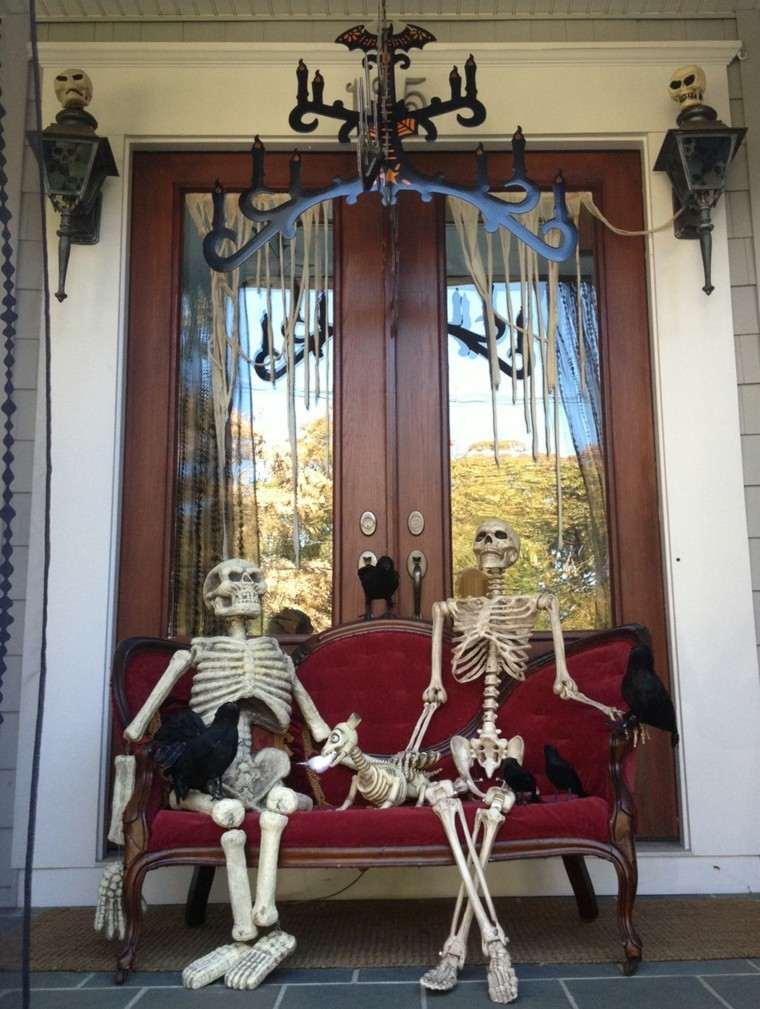 imagenes de halloween decoracion puerta miedo esqueletos ideas