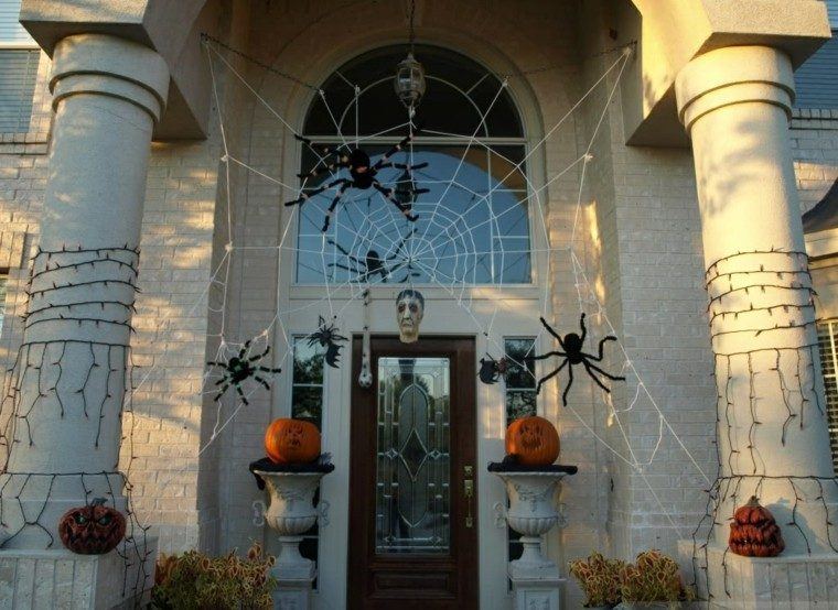 imagenes halloween decoracion puerta escalofriante ideas