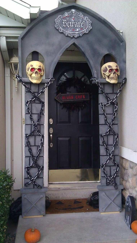 imagenes halloween decoracion puerta miedo calaveras atractivo ideas
