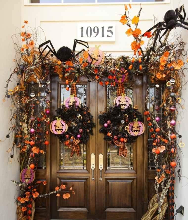 imagenes halloween decoracion puerta miedo guirnaldas aranas ideas