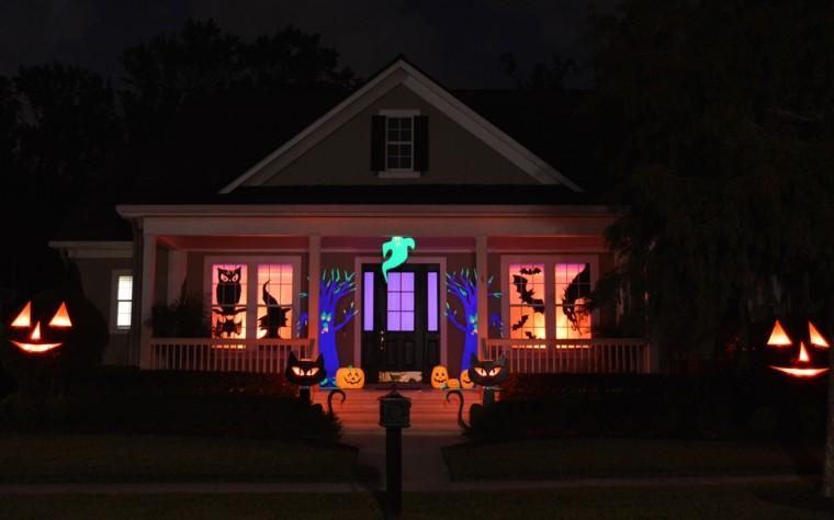 imagenes halloween decoracion puerta miedo iluminado noche ideas