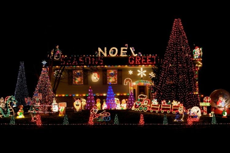 Luces de navidad ideas creativas y ecol gicas para todos for Decoration de noel exterieur americaine