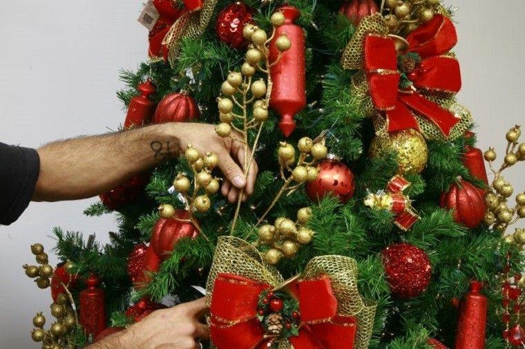 Arbol de navidad decoracion preciosa con lazos - Adornos navidenos arbol ...