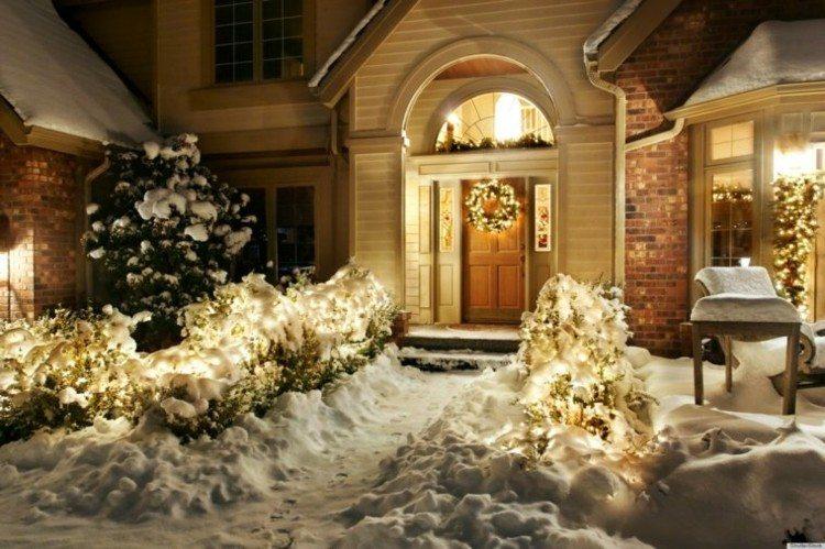 luces de navidad ideas jardines coronas nieve