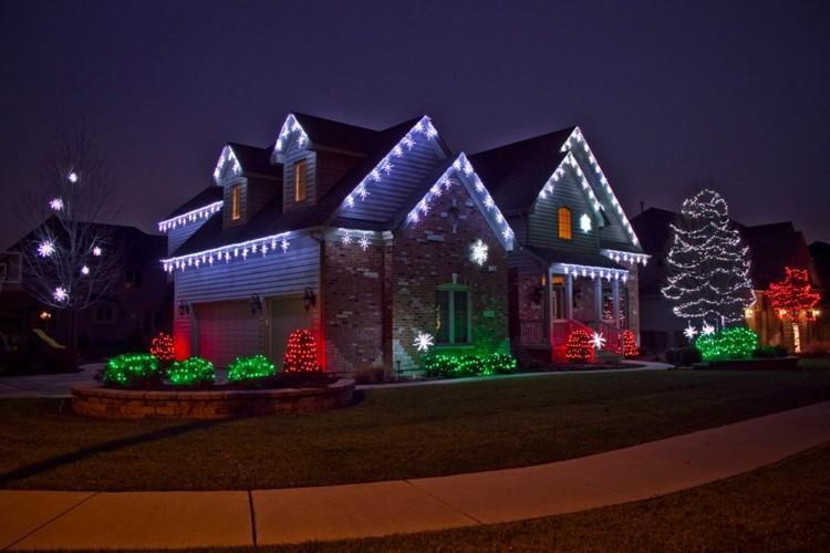 luces de navidad ideas jardines rojo verde calle