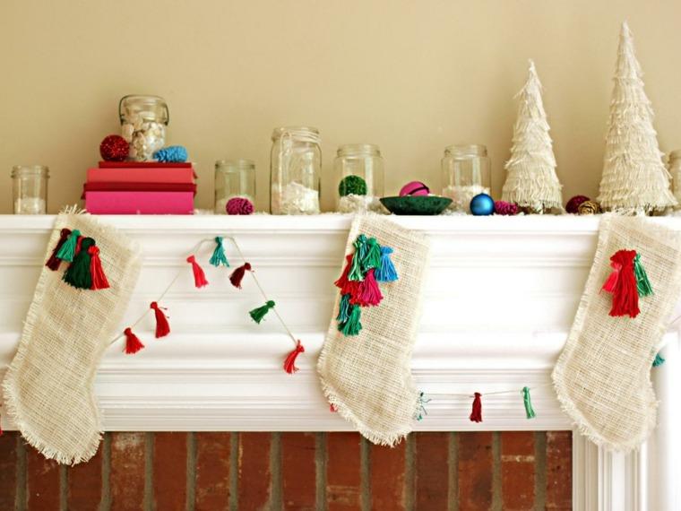 manualidades de navidad decoracion calzetines chimenea ideas