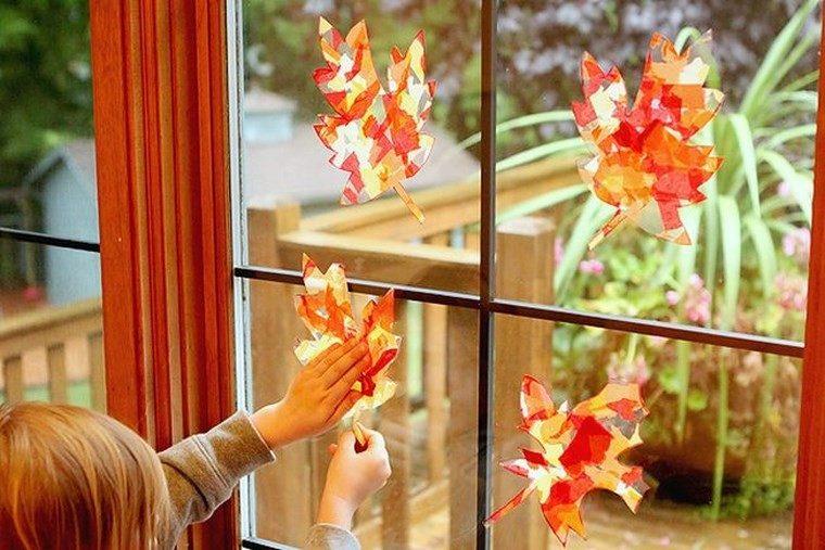manualidades niños artesania hojas ventana ideas