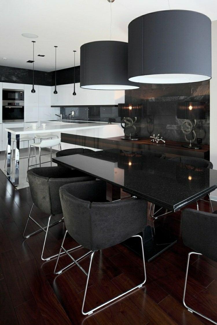 mesa comedor color negro sillas