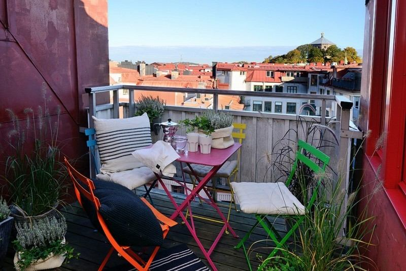 muebles balcon terraza bonitos moderno acero colores vibrantes ideas