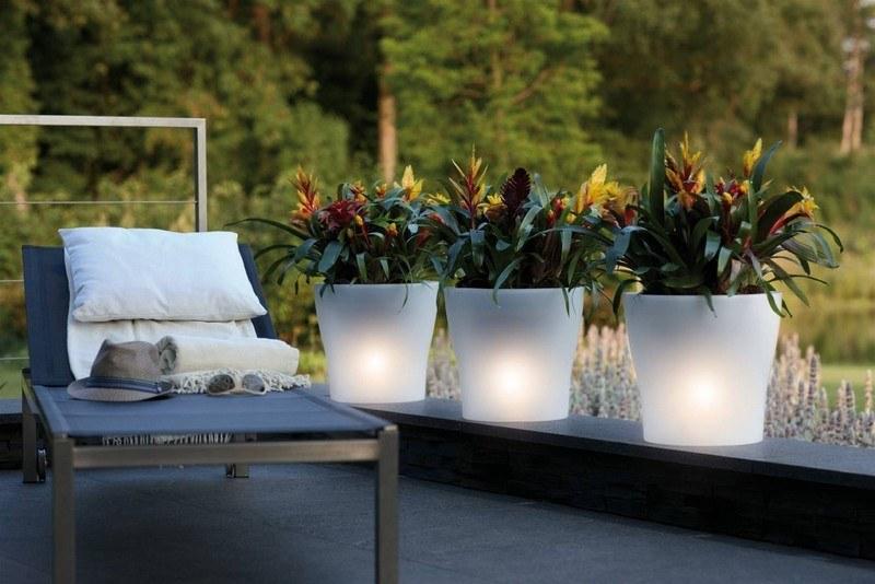 muebles bonitos balcon terraza moderna lamparas brillantes ideas